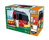 BRIO World 33936 Smart Tech Bauernhof – Spiel-Bauernhof mit Tieren & Heuwagen-Anhänger – Interaktives Spielzeug empfohlen ab 3 Jahren