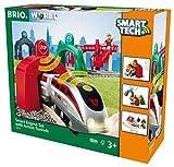 BRIO World 33873 Großes Smart Tech Reisezug Set – Elektrischer Zug mit Schienen, Tunnel & Fußgängerbrücke – Interaktives Spielzeug empfohlen ab 3 Jahren