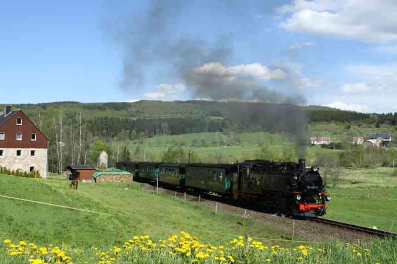Fichtelbergbahn Cranzahhl-Oberwiesenthal im Frühling