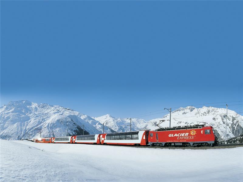 Glacier Express bei Andermatt