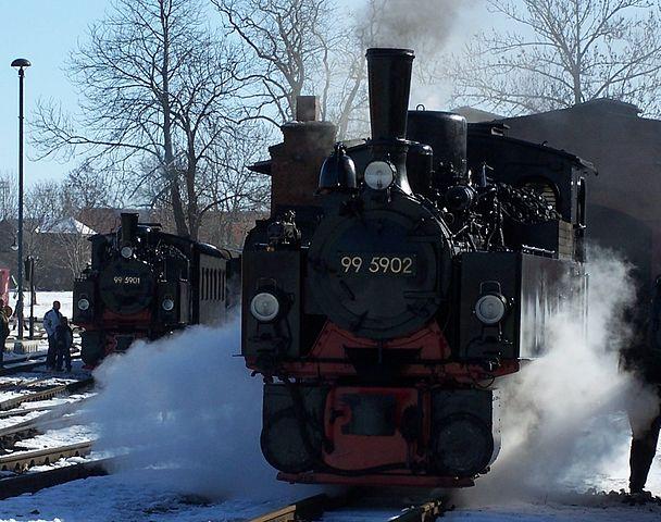 Selketalbahn: NWE 11 und 12 im Bahnhof Gernrode
