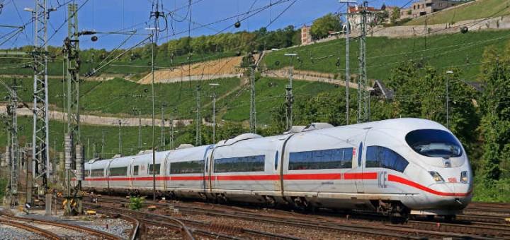 Bahn L Tur