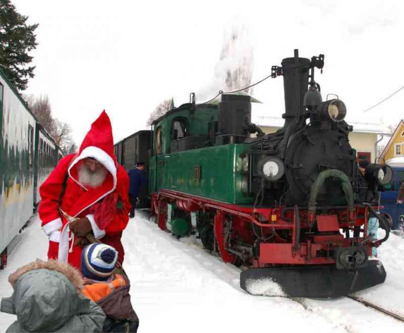 Lößnitzgrundbahn Sonderfahrten Advent + Nikolaus