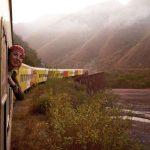 Tren a las nubes - Zug zu den Wolken Argentinien - Frau am Fenster