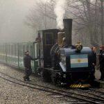 Tren del fin del mundo - Zug am Ende der Welt - Argentinien, Feuerland - Schwarze Lok