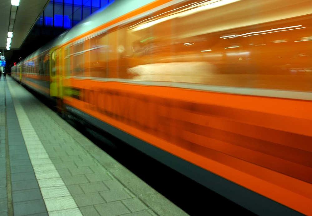 Locomore Stuttgart Berlin
