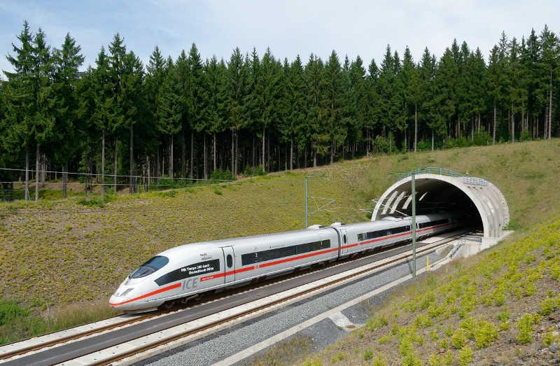 DB FAHRPLANAUSKUNFT » Echtzeit Fahrplan, Verspätungen, Tickets