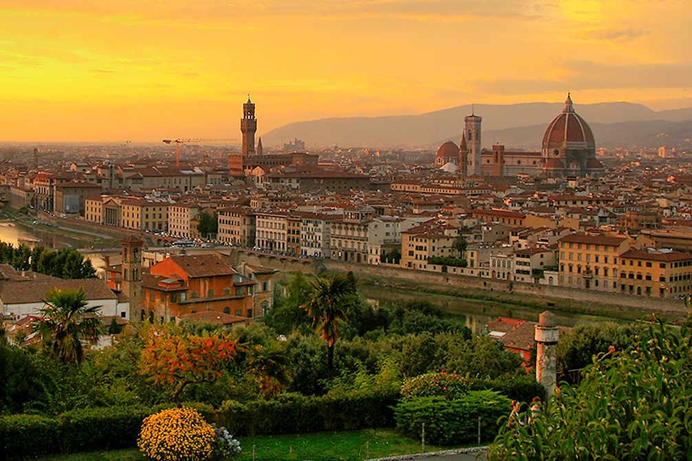 Bahn Italien - Panorama Florenz