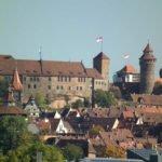 Bahn und Hotel Nürnberg - Burg Nürnberg