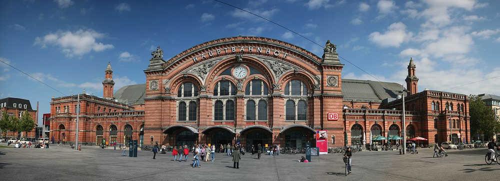 Bahn und Hotel Bremen - Hauptbahnhof