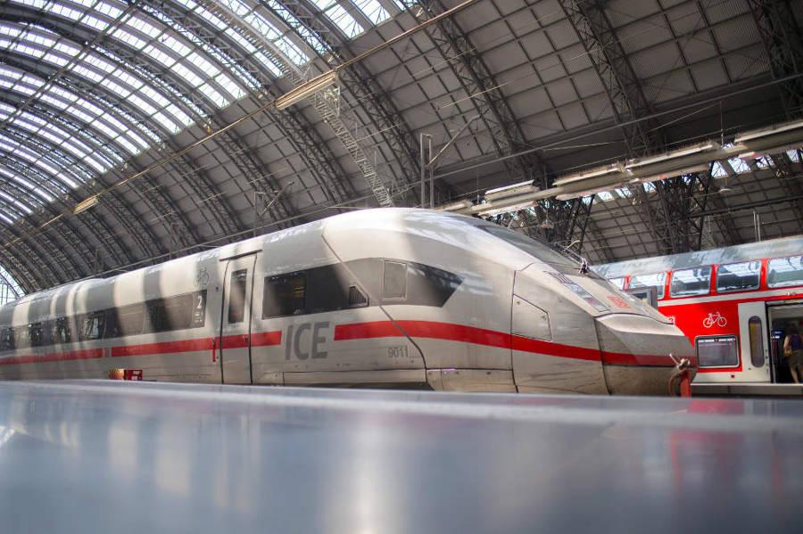 Deutsche Bahn - ICE 4 in Frankfurt am Main