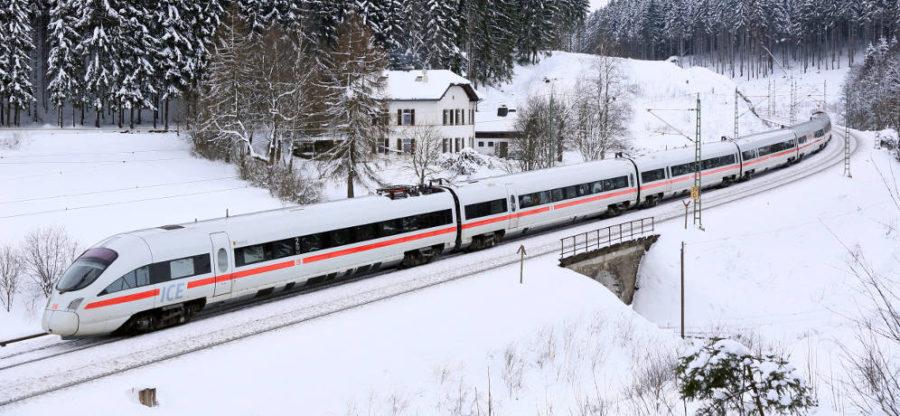 Deutsche Bahn Winter - ICE in Bayern