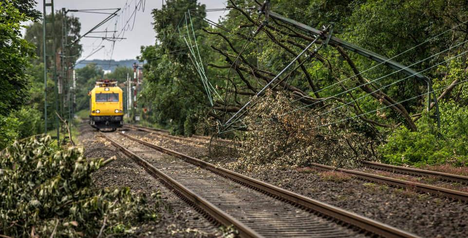 Bahn-Fahrgastrechte bei Sturm + Unwetter