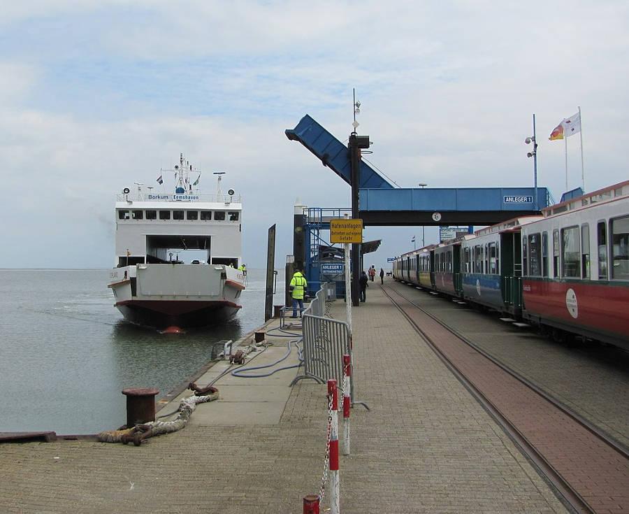 Inselbahn Borkum Hafen