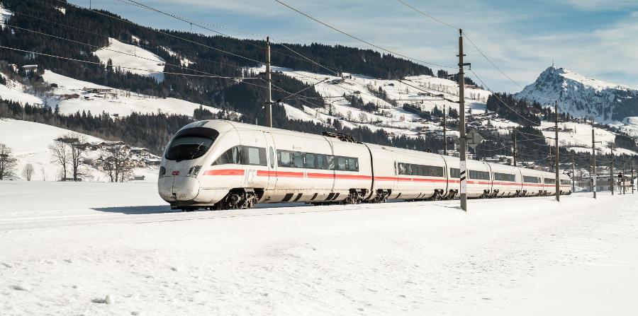 Deutsche Bahn - ICE im Winter - Kitzbüheler Alpen