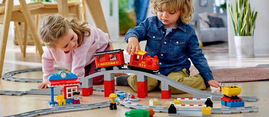 LEGO duplo Eisenbahn - Set mit Kindern